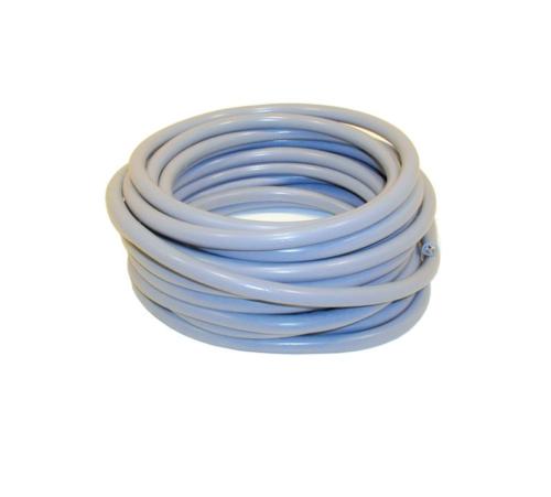 Kabels en snoeren